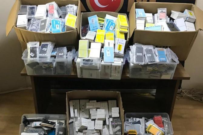 Malatya'da çok sayıda gümrük kaçağı ürün ele geçirildi