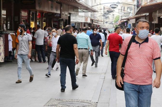 Gaziantep'te Covid-19 tedbirlerine uymayan binlerce kişiye para cezası verildi