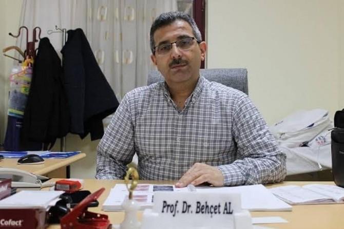 Gaziantep Üniversitesinde öğretim üyesi profesörün Covid-19 testi pozitif çıktı