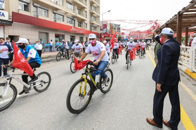 Van'da pedallar 15 Temmuz Şehitleri için çevrildi