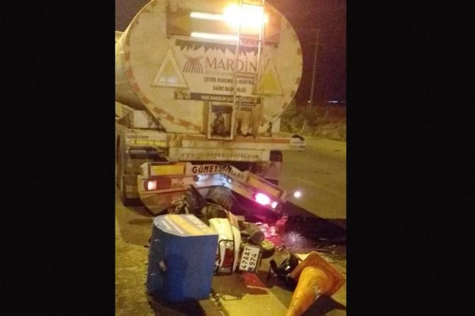 Arazöze çarpan motosiklet sürücüsü hayatını kaybetti