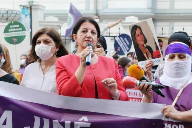 HDP, aile kurumunu hedef alan İstanbul Sözleşmesi'ne sahip çıktı