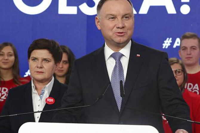Polonya'da cumhurbaşkanlığı seçiminin galibi Cumhurbaşkanı Andrzej Duda oldu