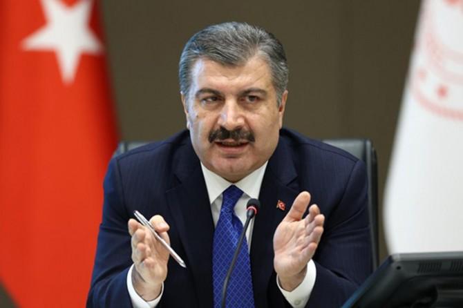 """Sağlık Bakanı Fahrettin Koca'dan """"iğneli"""" uyarı"""