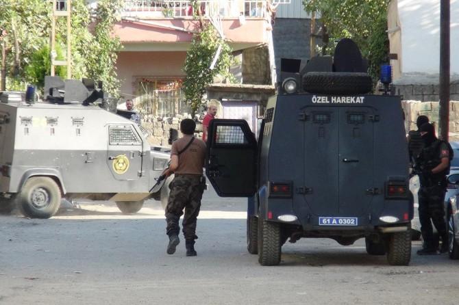 Li Diyarbekirê operasyona PKKê: 14 binçavî