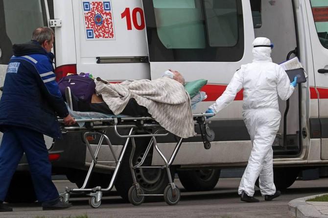 Rusya'da Covid-19 nedeni ile ölenlerin sayısı 11 bin 614'e yükseldi