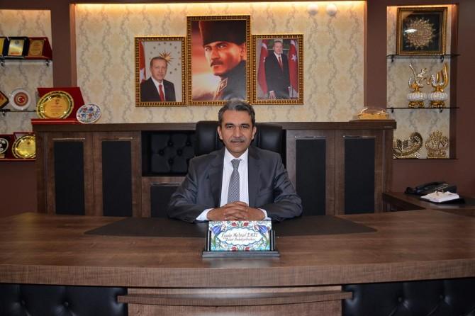 Besni Belediye Başkanı Eyyup Mehmet Emre'den 15 Temmuz mesajı