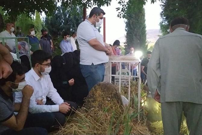 TRT çalışanı Çakar, Batman'da gözyaşları arasından toprağa verildi