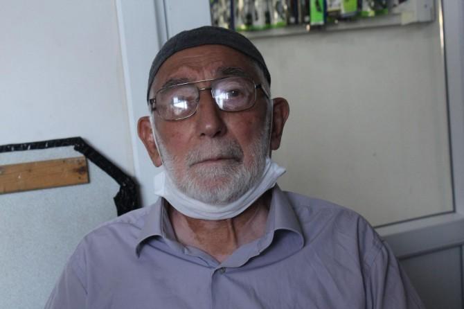 """Elazığ'da yaşayan Şeref Yaşar:""""Ezanın yasaklandığı, türbelerin yıktırıldığı dönemi gördüm"""""""