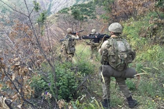 Hakkâri'de 2 asker hayatını kaybetti