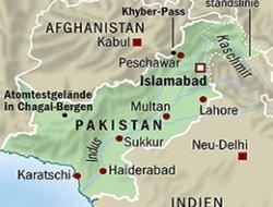 Pakistan'da işçiler tarandı: 6 ölü