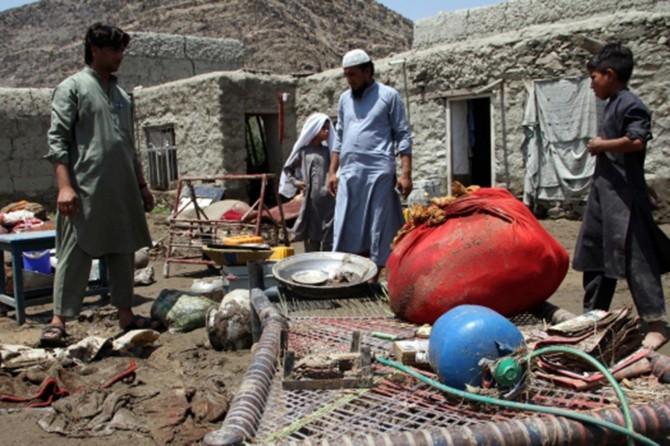 Afganistan'da sel felaketi: 15'i çocuk 16 ölü