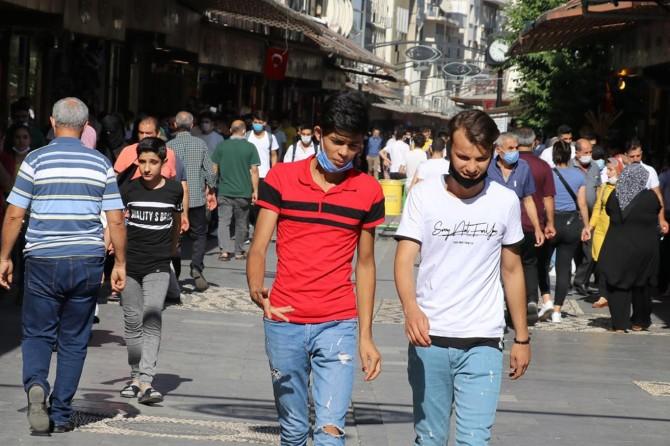 Gaziantep'te Covid-19 kurallarına uymayanlara verilen cezalar devam ediyor