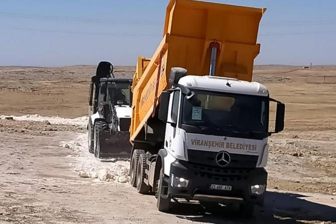 Viranşehir'de merkez ve ve kırsal mahallelerde yol çalışması