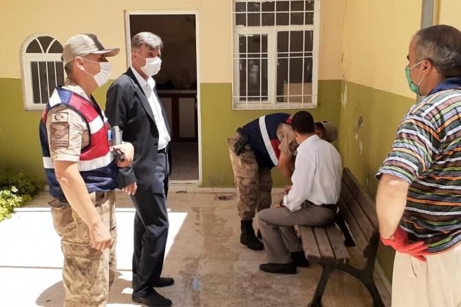 Kayapınar Belde Belediye Başkanı Özhan'dan kontrollü sosyal hayat denetimleri