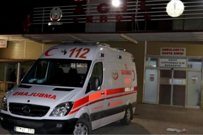 Nurdağı'nda 2 otomobil kafa kafaya çarpıştı: 4'ü çocuk 11 yaralı