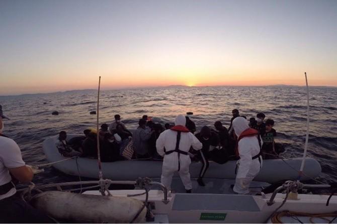 Son bir haftada 530 düzensiz göçmen kurtarıldı