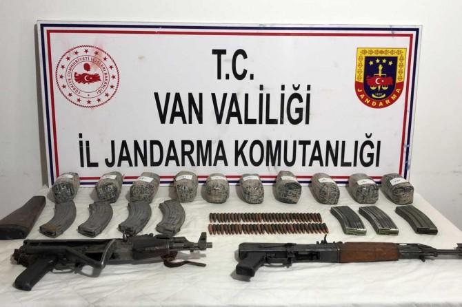 Başkale'de PKK'ye yönelik operasyonda 10 kilogram eroin ele geçirildi