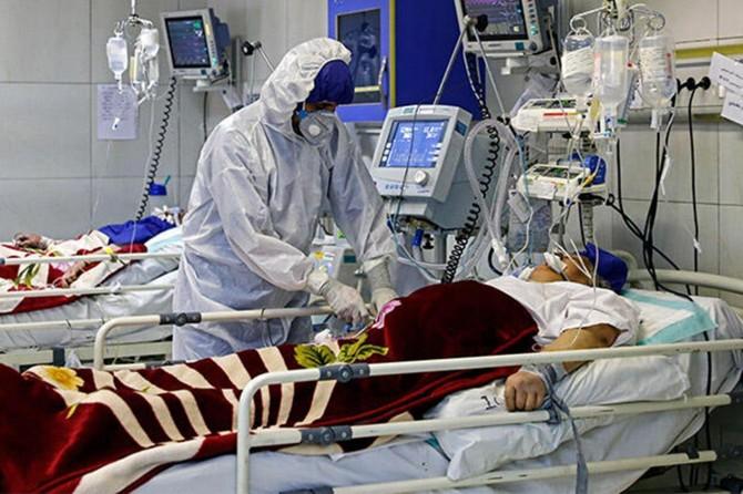 İran'da Covid-19'dan ölenlerin sayısı 18 bin 427'ye yükseldi