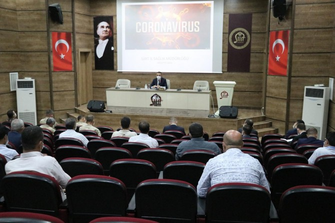 Siirt'te Pandemi denetim ekipleri toplantısı, Vali Hacıbektaşoğlu başkanlığında yapıldı