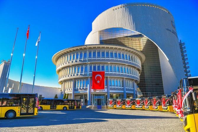 Malatya Büyükşehir Belediyesi araç filosuna 15 yeni otobüs kattı