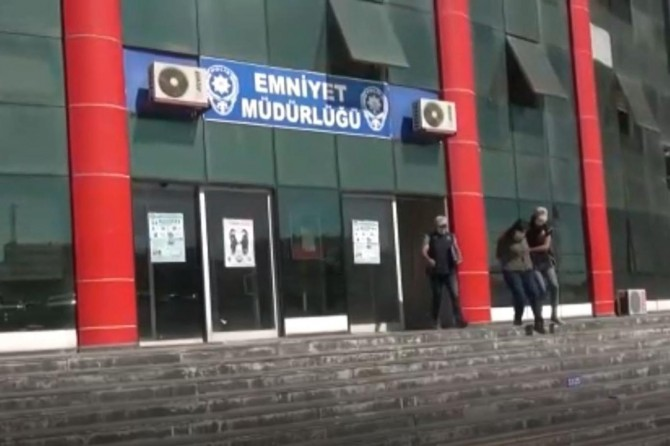 Van'da 1 PKK'li ikna çalışmaları sonucu teslim oldu