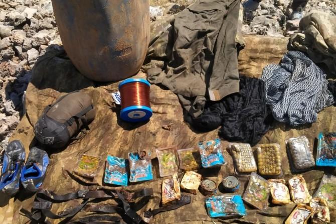 Dargeçit'te PKK'ye ait mühimmat ve yaşam malzemesi ele geçirildi