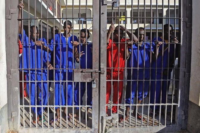 Somali'de Eş-Şebab mahkûmları ile askerler arasında çatışma: 19 ölü
