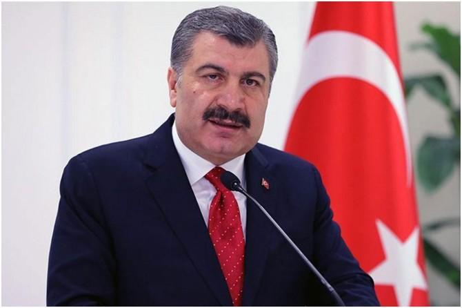 """Sağlık Bakanı Koca: """"Son 3 gündür hastaneye yatışlarda yüzde 32 azalma var"""""""