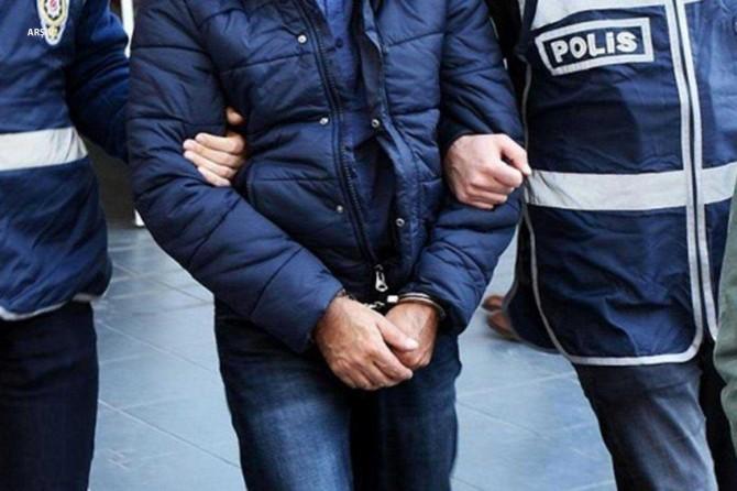 Kardeşini ve annesini öldüren Hatay Vali Yardımcısı gözaltına alındı