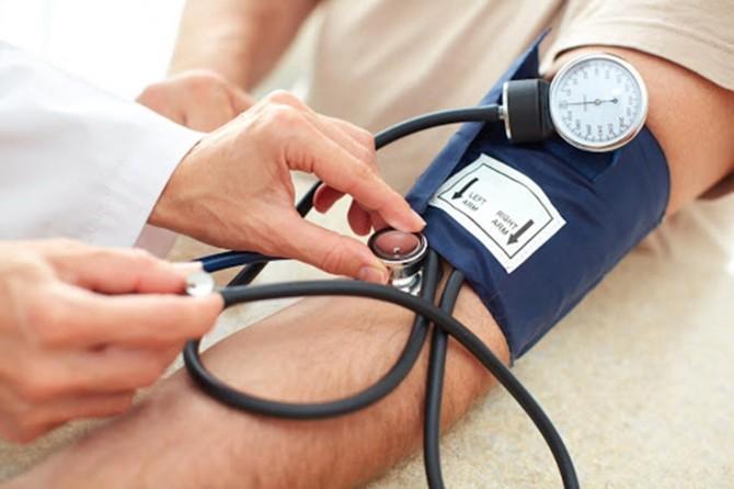 Hipertansiyonu olan bireylerin felç riski 7 kat fazla