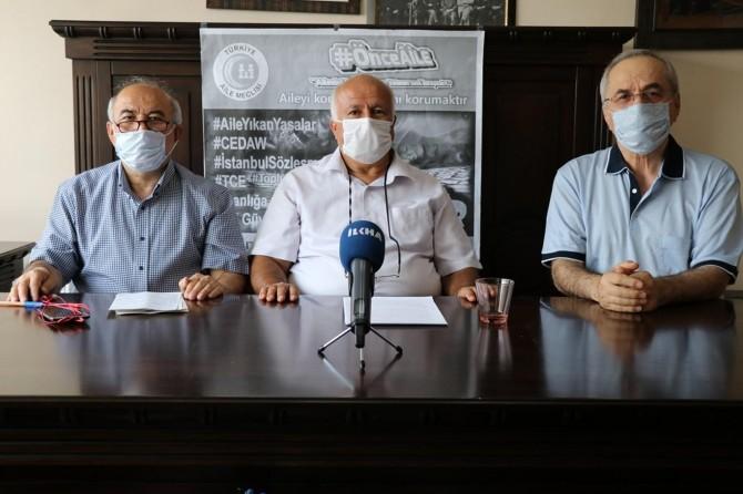 Hükümete, İstanbul Sözleşmesi'nden vazgeçin çağrısı