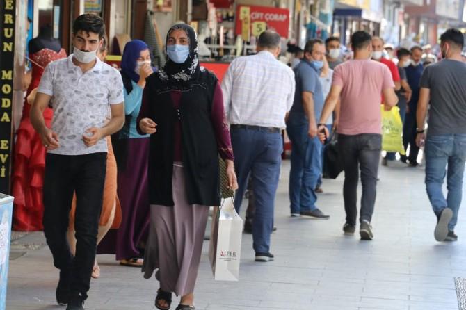 Gaziantep'te 2 bin 734 kişiye sosyal mesafe ve maske cezası verildi