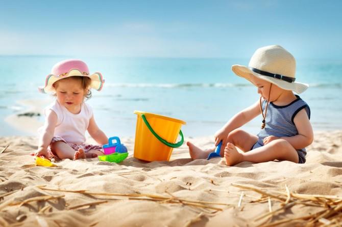 Çocukları güneş çarpmasından 8 adımda koruyun!