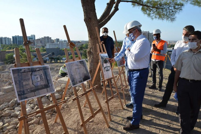 Vali Karaloğlu, Amida Höyük kazı çalışma alanında incelemelerde bulundu