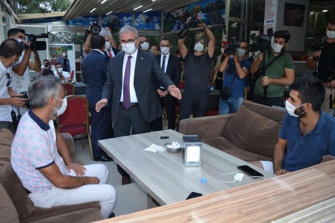 Vali Karaloğlu, Diyarbakır'da Coronavirus denetimlerini sürdürüyor