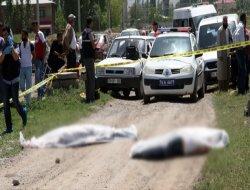 Koca, Eşi İle Birlikte 3 Kişiyi öldürdü