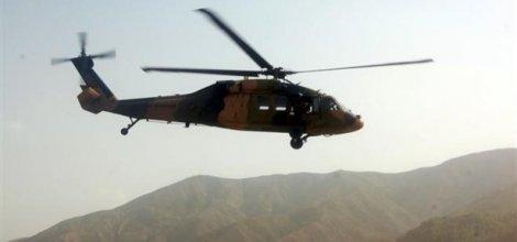 PKK'lılar askeri helikoptere ateş açtı