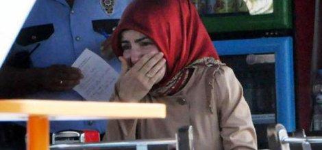 Antalya`da Örtülü Öğretmene Alçakça Saldırı