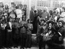 Kürd Federasyonu'ndan Mahabad Cumhuriyeti'ne