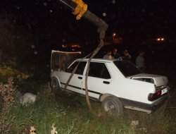 İskenderun'da otomobil kanala uçtu: Bir yaralı