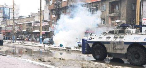 Emniyet: Yüksekova'da yaralanan kişi aranan PKK'lı çıktı