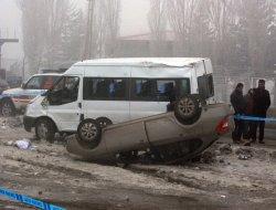 Ağrıda zincirleme kaza: 1 ölü, 17 yaralı