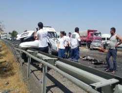 Diyarbakır Çınar yolunda polis aracı kaza yaptı: 3 ölü Video