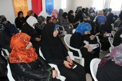 Suriyeli kadınlara şiddet konulu seminer verildi