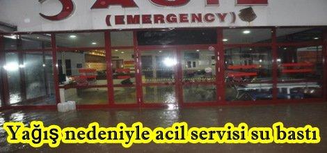 Yağış nedeniyle Birecik devlet hastanesi acil servisini su bastı