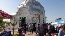 Şeyh Abdurrahman Aktepe'nin türbesine ziyaretçi akını foto-video