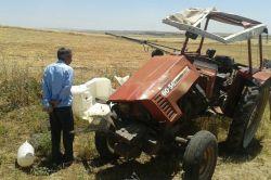 Ergani'de traktör devrildi: 1 yaralı-foto