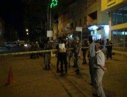 Çınar'da polise silahlı saldırı,1'i polis 3 ağır yaralı