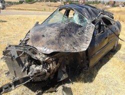 Diyarbakır Çınarda otomobil takla attı: 3 yaralı video foto